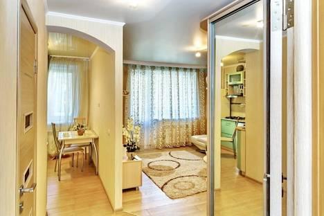 Сдается 1-комнатная квартира посуточнов Саратове, Челюскинцев 24\28.