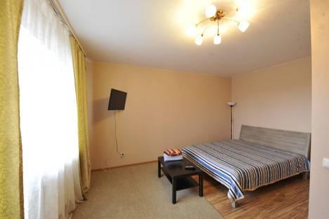 Сдается 1-комнатная квартира посуточнов Тюмени, Мельничная 83/3.