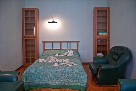 Сдается 1-комнатная квартира посуточнов Санкт-Петербурге, Маяковского 14.