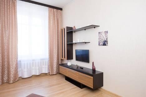 Сдается 1-комнатная квартира посуточно в Москве, ул. Большая Дорогомиловская, 4.