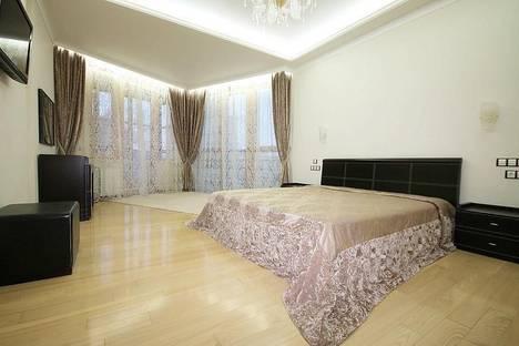 Сдается 1-комнатная квартира посуточнов Екатеринбурге, ул. Азина, 26.