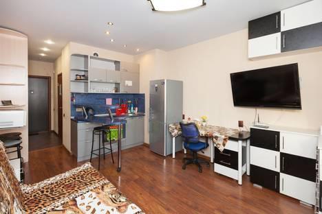 Сдается 1-комнатная квартира посуточно в Новосибирске, ул. Бориса Богаткова, 208/3.