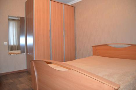 Сдается 2-комнатная квартира посуточно в Балакове, СТЕПНАЯ 31 Г.