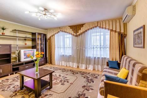 Сдается 2-комнатная квартира посуточнов Ростове-на-Дону, ул. Лермонтовская, 22.