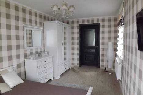 Сдается 2-комнатная квартира посуточно в Белгороде, ул. Щорса, 10.