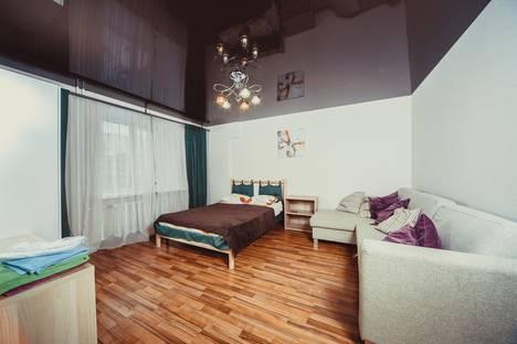 Сдается 1-комнатная квартира посуточно в Самаре, ул. Николая Панова, 50.