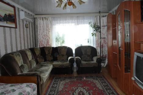 Сдается 2-комнатная квартира посуточно в Калинковичах, Первомайская 3.