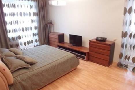 Сдается 1-комнатная квартира посуточнов Воронеже, Московский пр-т, 82.