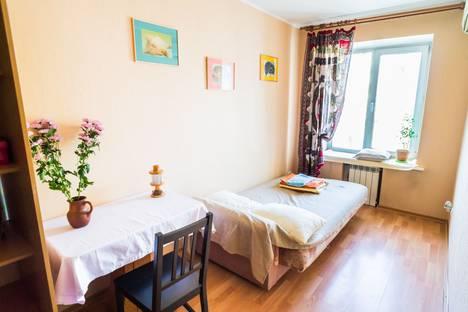 Сдается 2-комнатная квартира посуточно в Перми, Комсомольский проспект, 36.