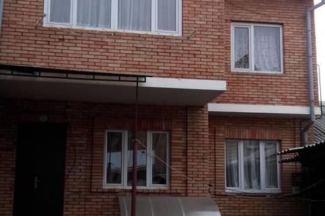 Сдается коттедж посуточново Владикавказе, ул. Карла Маркса, 51.