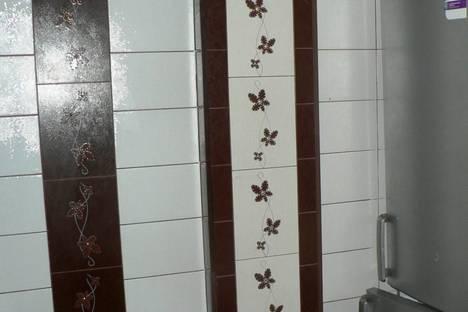 Сдается 2-комнатная квартира посуточно в Абакане, колхозная 34.