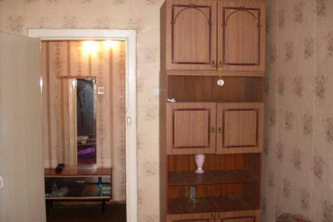 Сдается 4-комнатная квартира посуточно в Златоусте, 3 микрорайон 30.