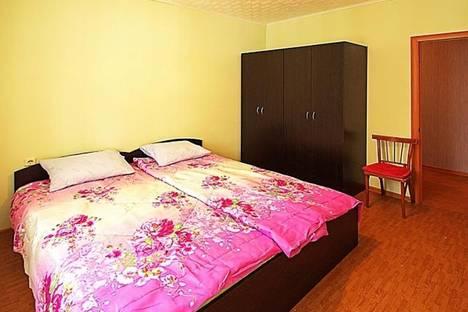 Сдается 2-комнатная квартира посуточно в Димитровграде, ул. Славского, 7.