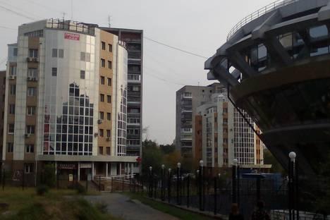 Сдается 2-комнатная квартира посуточно, ул.Карла Маркса, 76а.