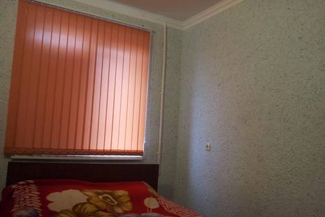 Сдается 2-комнатная квартира посуточно в Грозном, ул. Косиора 28.