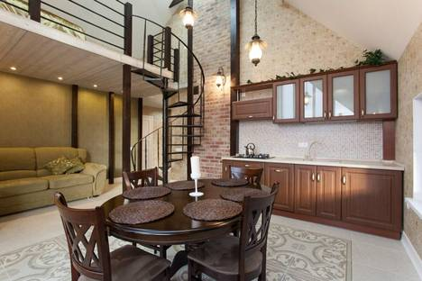 Сдается 2-комнатная квартира посуточно в Калининграде, ул. Монетная, 5.