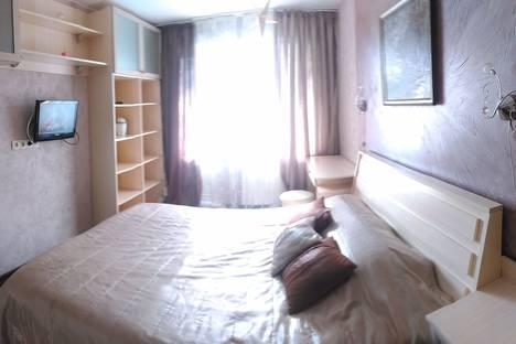 Сдается 1-комнатная квартира посуточно в Железногорске, Школьная, 50б.