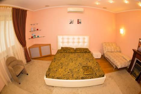Сдается 1-комнатная квартира посуточно в Новокузнецке, ул. Суворова, 7.