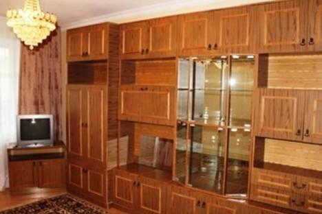 Сдается 2-комнатная квартира посуточнов Воронеже, Ленинградская, 140.