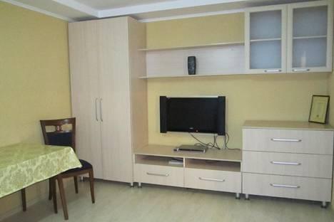 Сдается 1-комнатная квартира посуточно в Алматы, Муратбаева 232. Абая - Муратбаева.