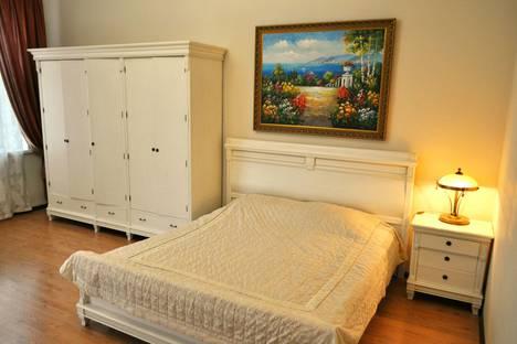 Сдается 2-комнатная квартира посуточнов Форосе, ул Ленина 23.