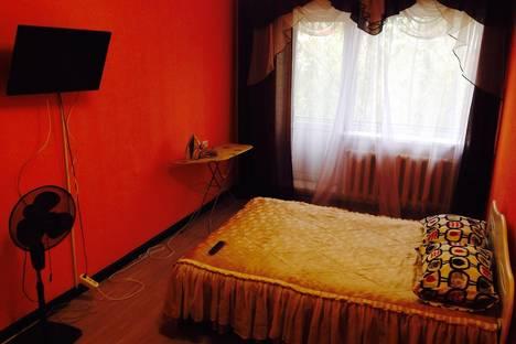 Сдается 1-комнатная квартира посуточно в Кызыле, Калинина 8.
