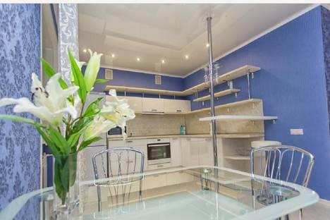 Сдается 3-комнатная квартира посуточно в Набережных Челнах, 62-й комплекс, 1А.