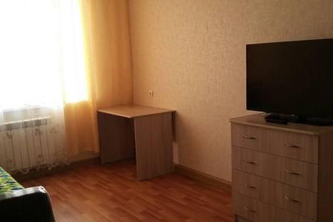 Сдается 2-комнатная квартира посуточно в Нижнекамске, Студенческая, 49.