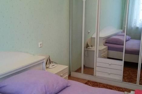 Сдается 2-комнатная квартира посуточно в Нижнекамске, Гагарина, 23.