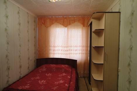 Сдается 2-комнатная квартира посуточно в Нижнекамске, Менделеева, 18.