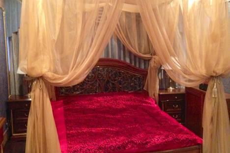Сдается 3-комнатная квартира посуточнов Сочи, Островского 17/24.