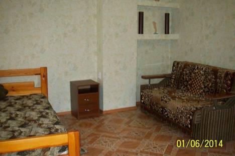 Сдается 1-комнатная квартира посуточно в Саках, ул Мичурина ,24.