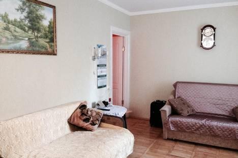 Сдается 2-комнатная квартира посуточно в Гурзуфе, Подвойского 32.