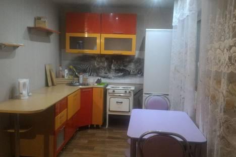 Сдается 3-комнатная квартира посуточно в Ангарске, 15мкр. дом 31а.