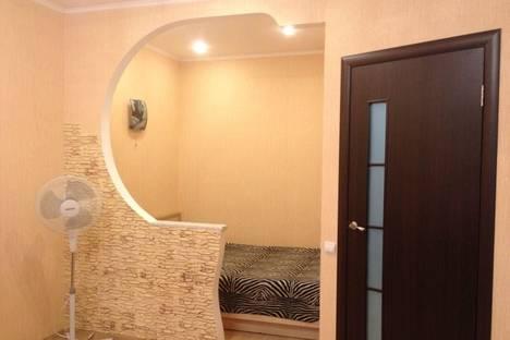 Сдается 1-комнатная квартира посуточно в Казани, Мавлютова, 42.