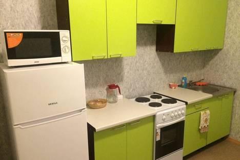 Сдается 1-комнатная квартира посуточно в Ангарске, 18 микрорайон, 19.