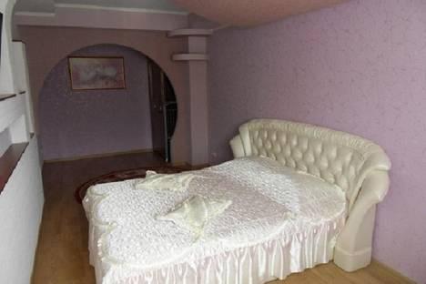 Сдается 1-комнатная квартира посуточно в Алуште, Платановая ул., 1.