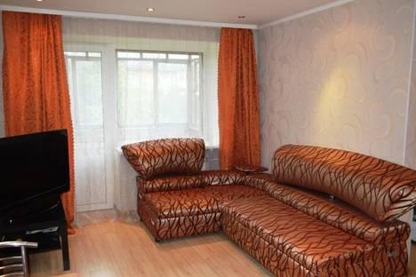 Сдается 2-комнатная квартира посуточнов Екатеринбурге, Машиностроителей 47.