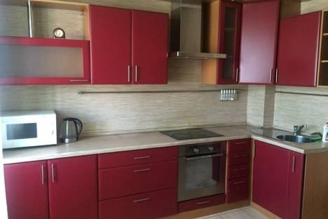 Сдается 3-комнатная квартира посуточно в Улан-Удэ, Смолина,81.