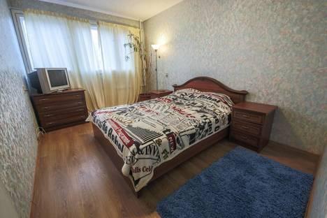 Сдается 3-комнатная квартира посуточно, Богатырский проспект, 10.