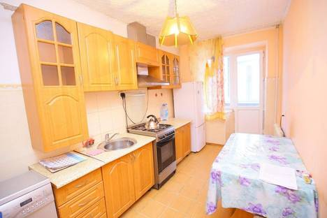 Сдается 3-комнатная квартира посуточнов Актобе, Уалиханова 30.