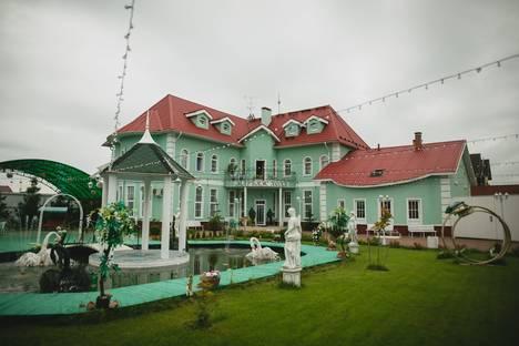 Сдается коттедж посуточно в Санкт-Петербурге, Марьино,  Денисовская, 8.
