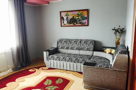 Сдается 2-комнатная квартира посуточно в Судаке, Ленина 44.