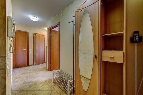 Сдается 2-комнатная квартира посуточнов Санкт-Петербурге, ВО,Средний пр-т,17 линия,д40.