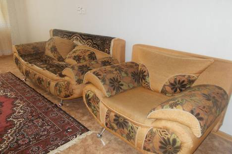 Сдается 2-комнатная квартира посуточно в Ульяновске, ул. Отрадная,  79 3к.