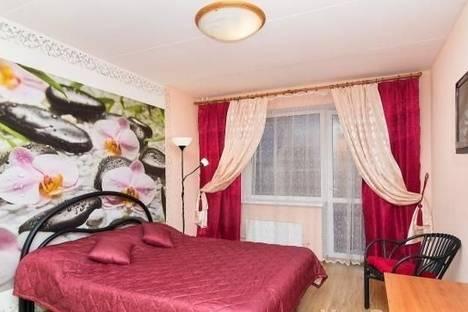 Сдается 1-комнатная квартира посуточно в Екатеринбурге, ул. 8 марта, 167.