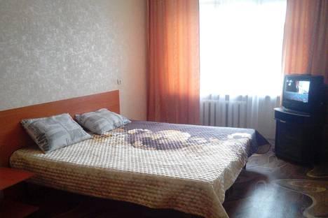 Сдается 2-комнатная квартира посуточно в Таганроге, ул. Дзержинского, 193.
