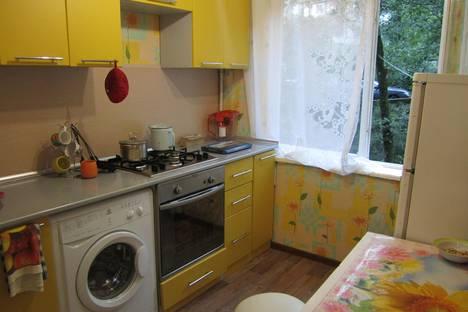 Сдается 1-комнатная квартира посуточно в Сочи, красноармейская 36.