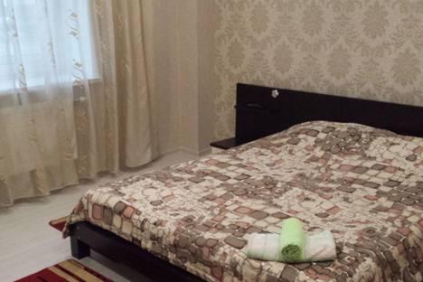 Сдается 2-комнатная квартира посуточно, Краснознаменная 36.