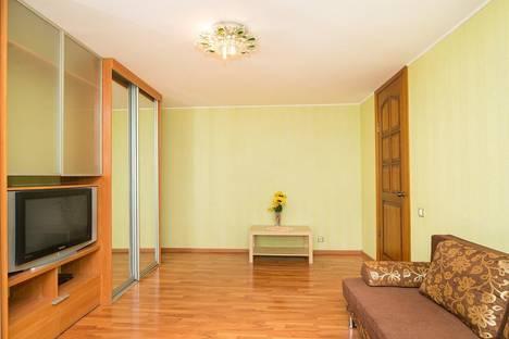 Сдается 2-комнатная квартира посуточнов Екатеринбурге, ул. Чайковского, 62.